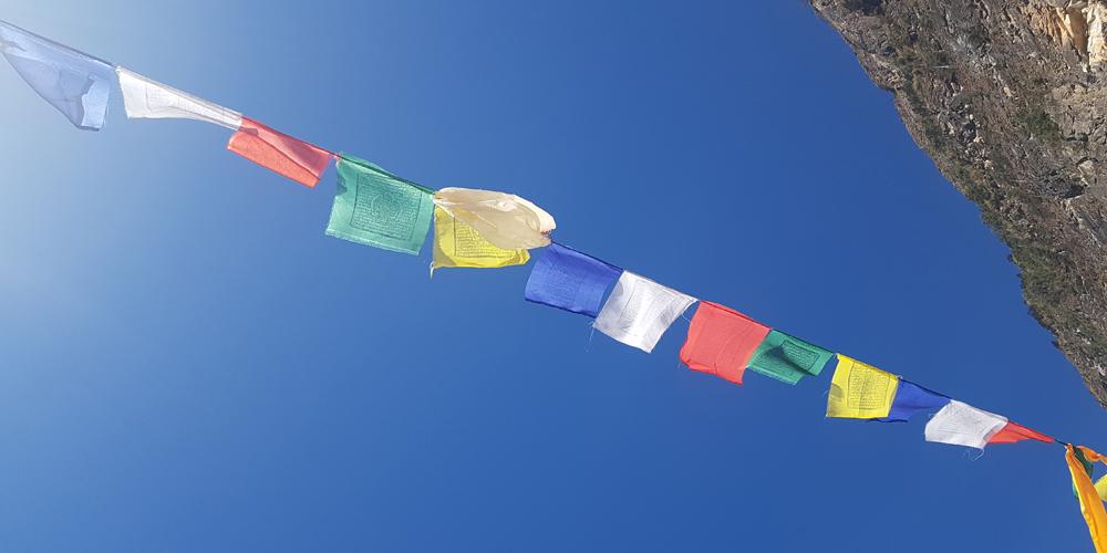 Joy of Nepal-Schmuck und Tücher